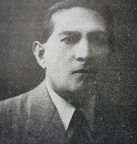 El caracterizado y prestigioso, docente, y hombre público, profesor Dr. José Doroteo Caro, primer presidente-fundador, de la Federación Chivilcoyana de Deportes. Ocupo dicho cargo, desde el 23 de octubre de 1925, hasta el 6 de enero de 1927, y fue el autor, del nombre de la institución, y quien redactó los estatutos, de la mencionada entidad.