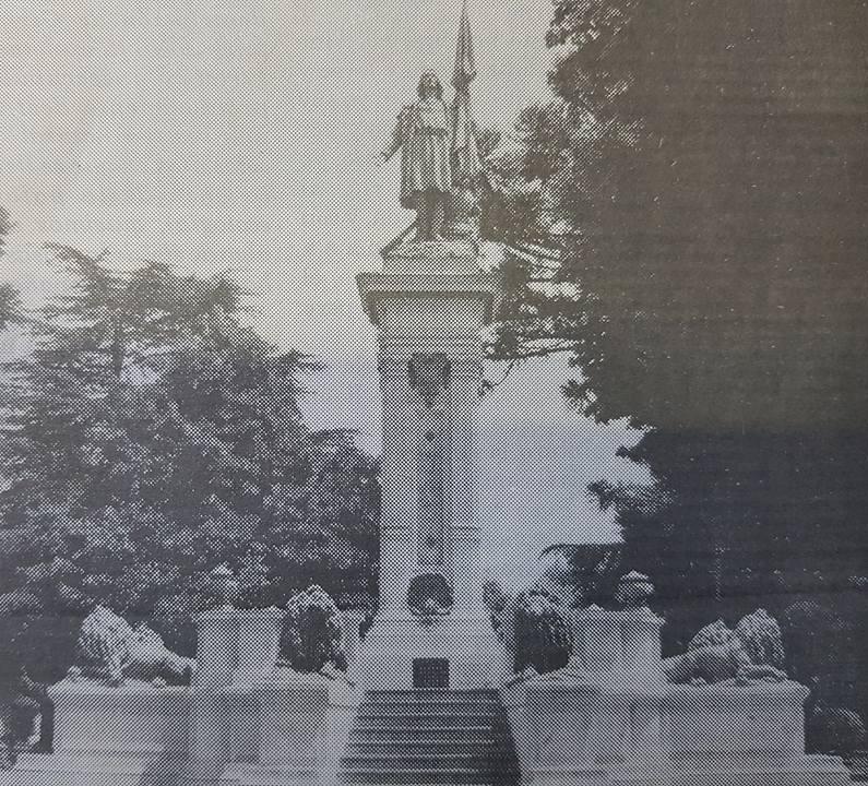 El monumento a Cristóbal Colón, en Chivilcoy: El segundo, levantado en América (1892).
