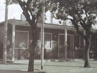Actual edificio, de la Escuela primaria Nº 6 «Bernardino Rivadavia», ubicado en la intersección, de la avenida ceballos y la calle Gral. Paz, de nuestra ciudad, de Chivilcoy.