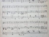 Partitura, del «Canto a Chivilcoy», escrita, de puño y letra, por el destacado y prestigioso, compositor, director de bandas y orquestas, y docente, profesor Pascual Antonio Grisolía (1904-1983), autor de la música, que lleva una letra, del gran poeta, escritor y periodista lugareño, Ernesto Domingo Marrone (1911-1986).
