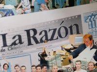 Directivos y personal, del diario La Razón, en el mes de noviembre, del año 2000.
