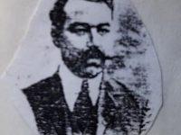 El caracterizado y prestigioso, profesor Alejandro Mathus 1870-1921), fundador y primer director de la Escuela Normal «Domingo Faustino Sarmiento», inaugurada, oficialmente, el 12 de abril de 1905. El profesor Mathus, se desempeñó al frente  de dicho establecimiento educativo, hasta el mes de marzo de 1910, cuando fue trasladado, a la provincia de Mendoza.