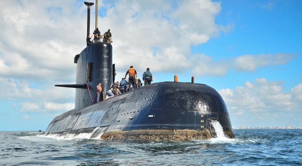 Reflexión lunfarda: La buena memoria, («No se olviden del submarino»).