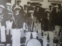 """La pintoresca e inolvidable banda de música, del maestro italiano Don Cándido Morábito, dirigida por su hijo José, cariñosamente apodado """"Pepito""""."""