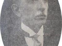 El notable y prestigioso médico, docente y hombre público, Dr. Pedro J. Uslenghi (1877-1933), ex comisionado municipal de Chivilcoy, desde septiembre de 1930, hasta junio de 1931. El maestro Don Cándido Morábito, le dedicó su marcha militar Dr. Carlos Pellegrini, el 6 de enero de 1931.