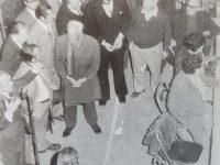 El Dr. Francisco José Falabella, pronunciando un vibrante discurso durante un acto proselitista, en la década de 1970.