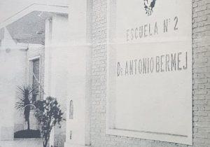 La Escuela primaria Nº 2 «Dr. Antonio Bermejo», fundada en 1866. El 22 de octubre de 1947, se le impuso el ilustre nombre, del gran jurisconsulto, magistrado, catedrático universitario, escritor, periodista y hombre público, Dr. Antonio Bermejo (1853-1929), ex presidente, de la Corte Suprema de Justicia, de la Nación, desde 1905, hasta su fallecimiento.