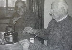 Los señores Derlis Norberto Roger y Jorge Santiago Zunino, caracterizado vecinos de Palemón Huergo, y testigos presenciales, del grave accidente de Farabollini.