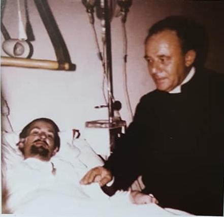 El gran sacerdote, José Mario Pantaleo y los fieles chivilcoyanos.