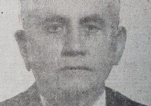 Don Simón Vásquez (1879-1950), fundador y primer director del matutino «La Razón», decano de nuestra prensa chivilcoyana, que inició su largo y fecundo itinerario periodístico, el miércoles 16 de noviembre de 1910.