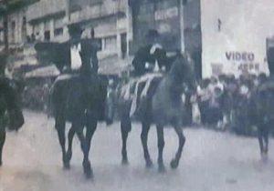 Imagen, del desfile criollo y evocativo, realizado, aquí en nuestra ciudad de Chivilcoy, en el mes de noviembre de 1984.