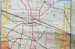 Plano de la ciudad de Chivilcoy y su distrito, editado hacia el año 1938. Ofrecía también, junto a una detallada información general, una guía comercial y profesional, en diferentes rubros, actividades y disciplinas.