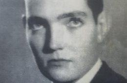 Fotografía juvenil, de Julio Florencio Cortázar, realizada, en 1941, por el fotógrafo y realizador cinematográfico, Ignacio Tankel (1912-1984).