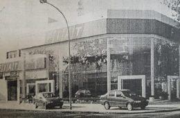 La agencia de automóviles «LAYPEN», inaugurada el 11 de abril de 1997. Fueron sus propietarios, los hermanos José y Héctor Lucy.