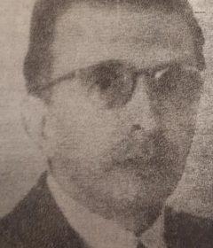 El destacado y prestigioso abogado, dirigente político y deportivo y, hombre público chivilcoyano, Dr. Luis Tiscornia, intendente municipal, de nuestra ciudad, en 1919. Cumplió una eficaz y honesta gestión, al frente de la comuna, y falleció en 1955.