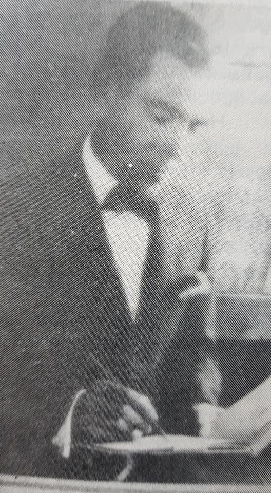 El gran artista plástico español, Juan Navarro Granados, y una exposición pictórica, realizada en Chivilcoy, hacia 1937