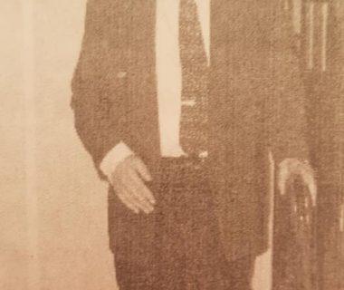 El caracterizado y prestigioso, investigador, crítico, periodista, ensayista y poeta, Don José Gobello (1919-2013), fundador y ex secretario y presidente de la Academia Porteña del Lunfardo, creada el 21 de diciembre de 1962.