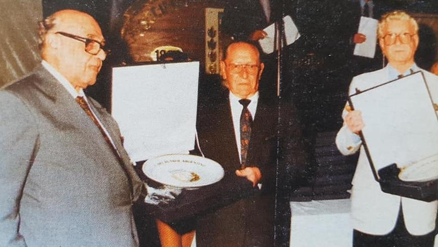 Recordando a Don Vicente José Abriola (1907 – 2003), todo un verdadero patriarca, de la honradez y el civismo.