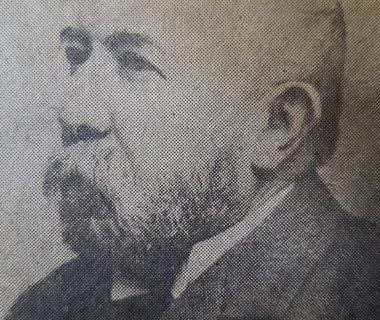Don Manuel Eustaquio López (1831-1910), hijo de Don Manuel López, y continuador, de la importante obra de su padre, en la famosa estancia «La Rica». Fue presidente de la vieja Unión Cívica local, edil, en los ámbitos del Honorable Consejo Deliberante, y segundo intendente municipal, en 1887.