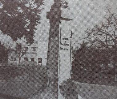 Busto del general Manuel Belgrano, en el centro de la plaza homónima, inaugurado el 9 de Julio de 1919.