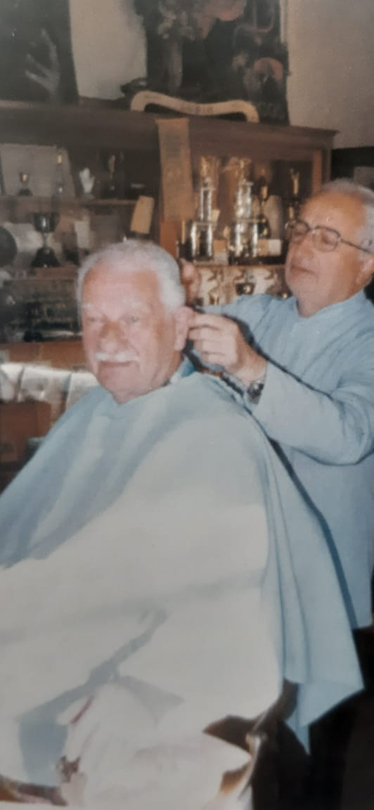 Evocaciones de Chivilcoy: La peluquería de Don Rafael Macedonio