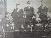 La familia Barrancos: Don Sebastián, junto a su esposa, Cresencia Risso Patrón, y sus hijos, Amira, Ovidio, Leonidas, Arístides y Publio.
