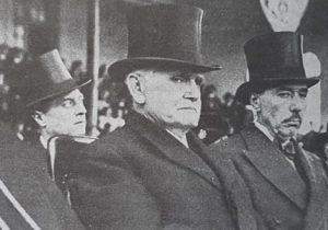 El doctor Ramón S. Castillo, presidente de la Nación, derrocado por el movimiento castrense, denominado «Revolución del 4 de junio», El día viernes 4 de junio de 1943. Vicepresidente del doctor Roberto M. Ortíz, tras la renuncia de éste, había asumido, la primera magistratura del país, el 27 de junio de 1942.
